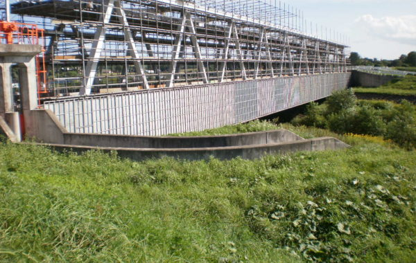 水管橋補修工事